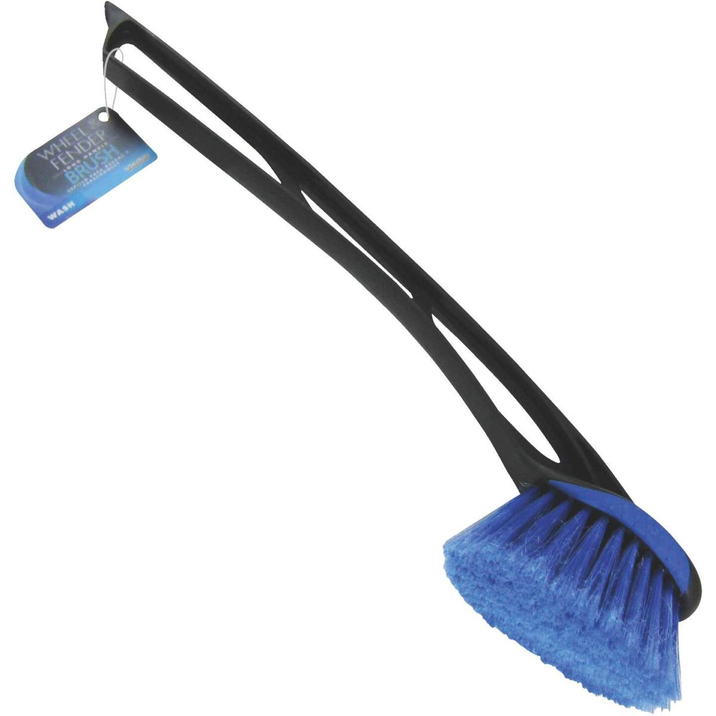 Viking Long Handle Wheel/Bumper Brush Image 1